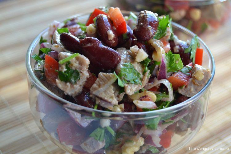 Быстрый салат «Тбилиси»