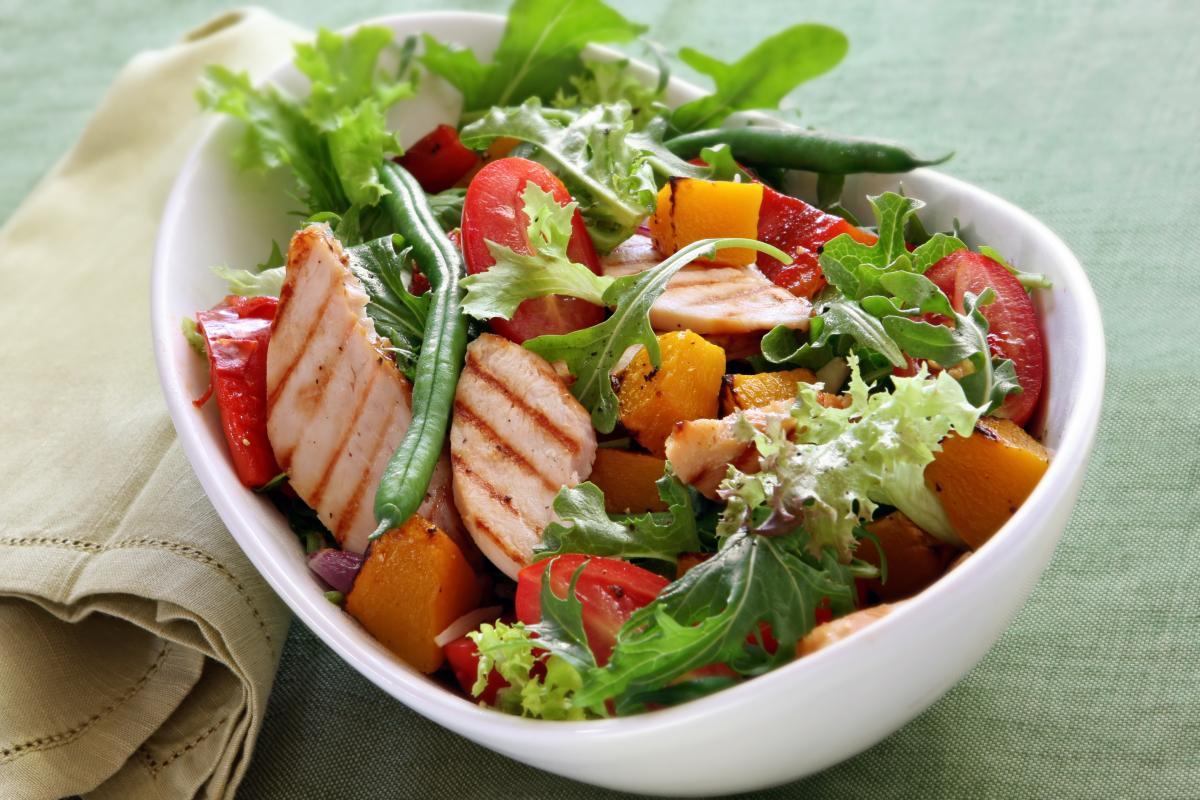 Вкусные и витаминные салаты на любой вкус.