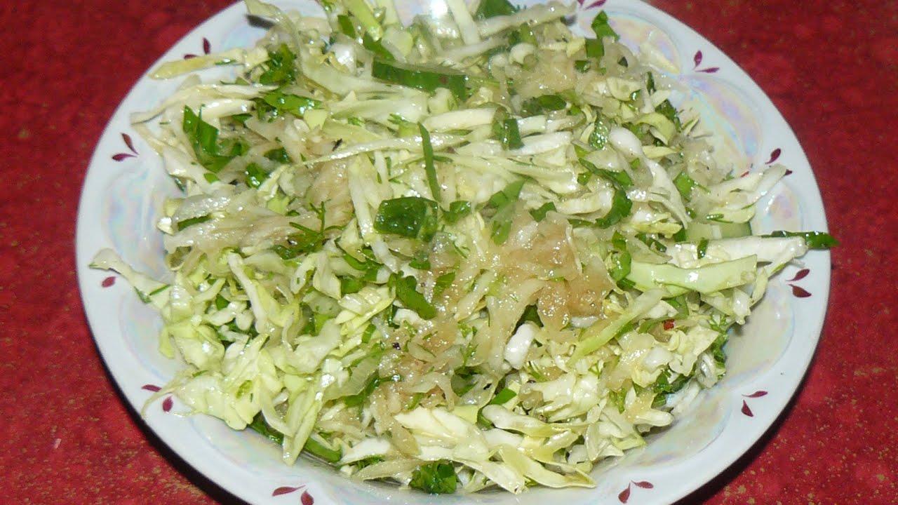 Салат из кольраби и капусты